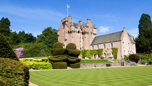 Crathes-Castle