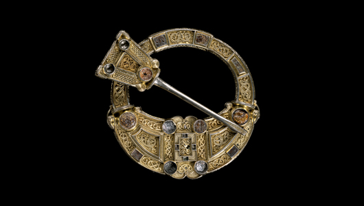 Hunterson-brooch-(c)-National-Museums-Scotland
