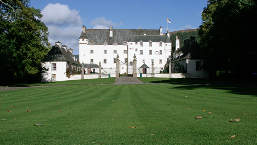 Traquair-Front